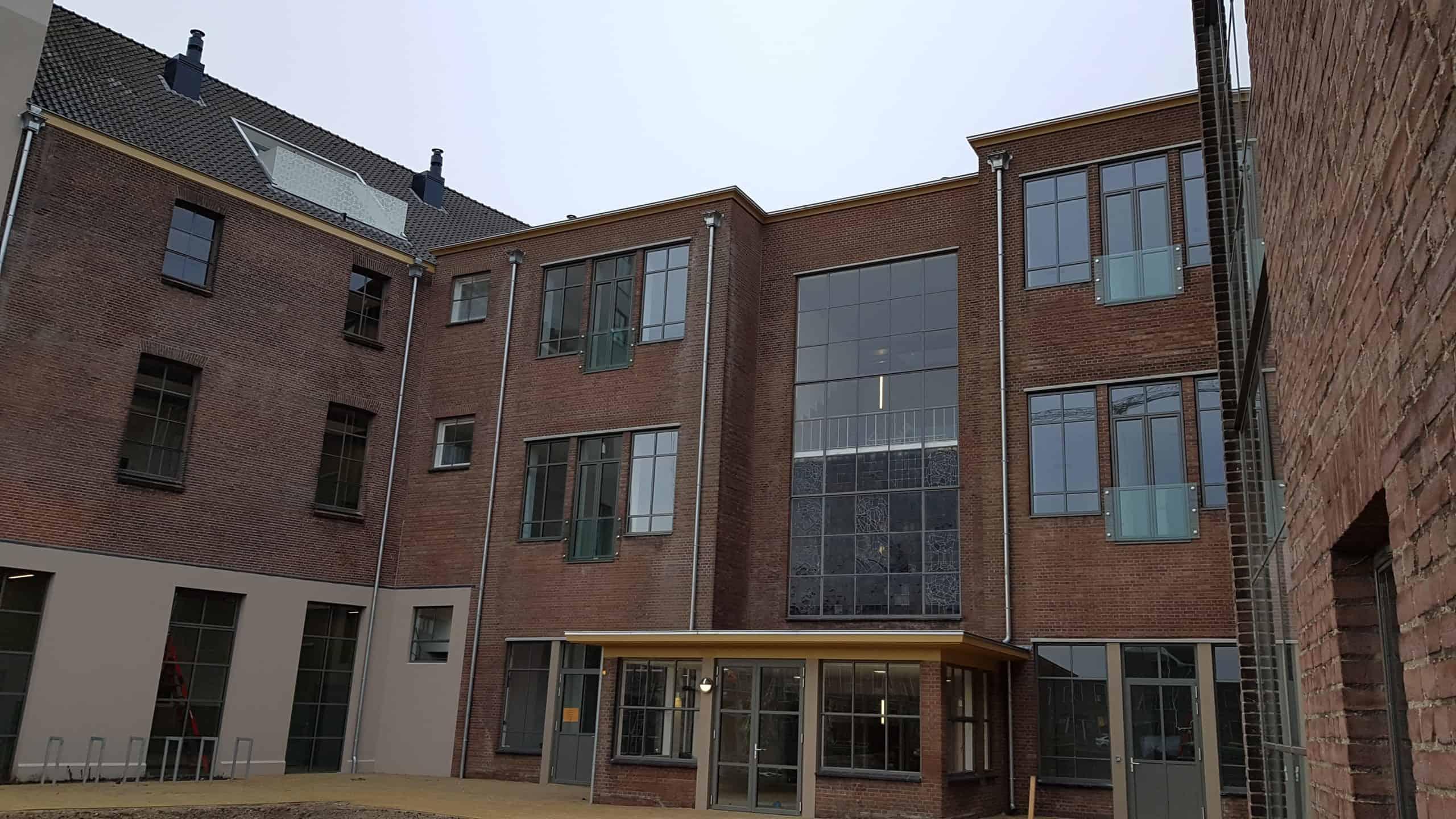 Achterkant transformatie Boulevard Heuvelink