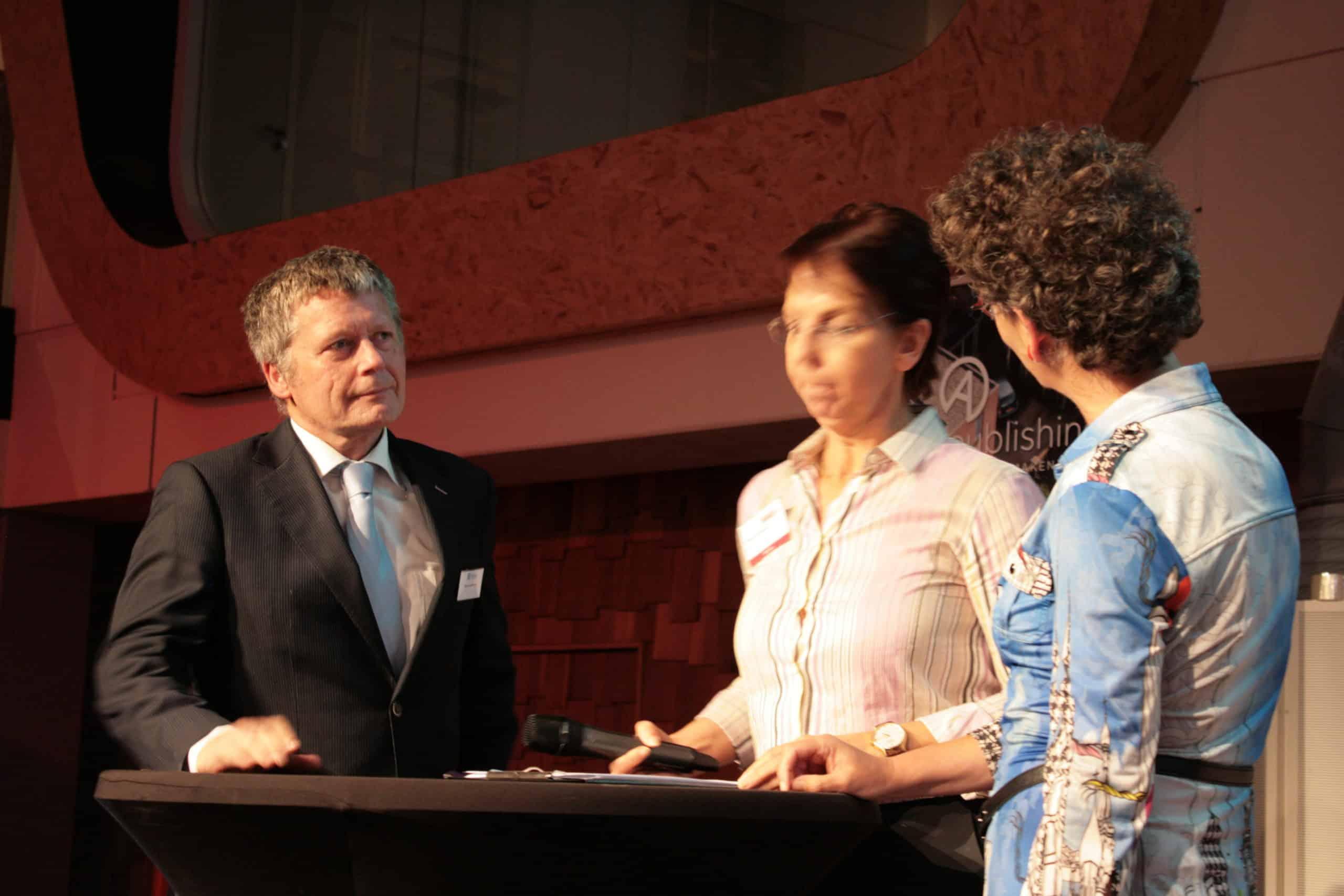 Ruud van Herpen in paneldiscussie