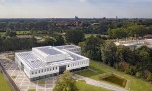 Luchtfoto-Enexis-Zwolle-gebouw-1