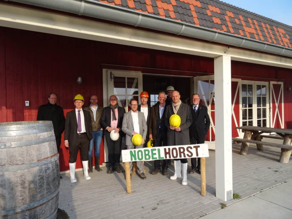Minister Blok bezoekt Nobelhorst Almere