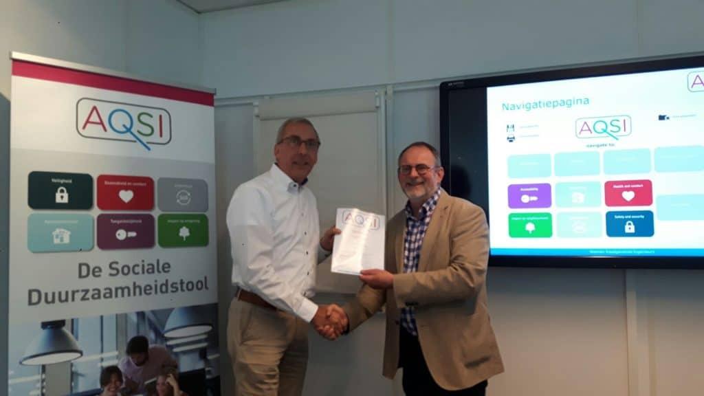 Uitreiking AQSI certificaat aan Louis Cleef door Harm Valk 02