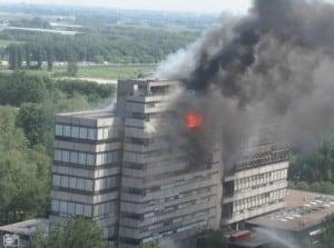 Brand in de faculteit Bouwkunde, TU Delft: afbrandscenario als gevolg van een 'travelling compartment' brand