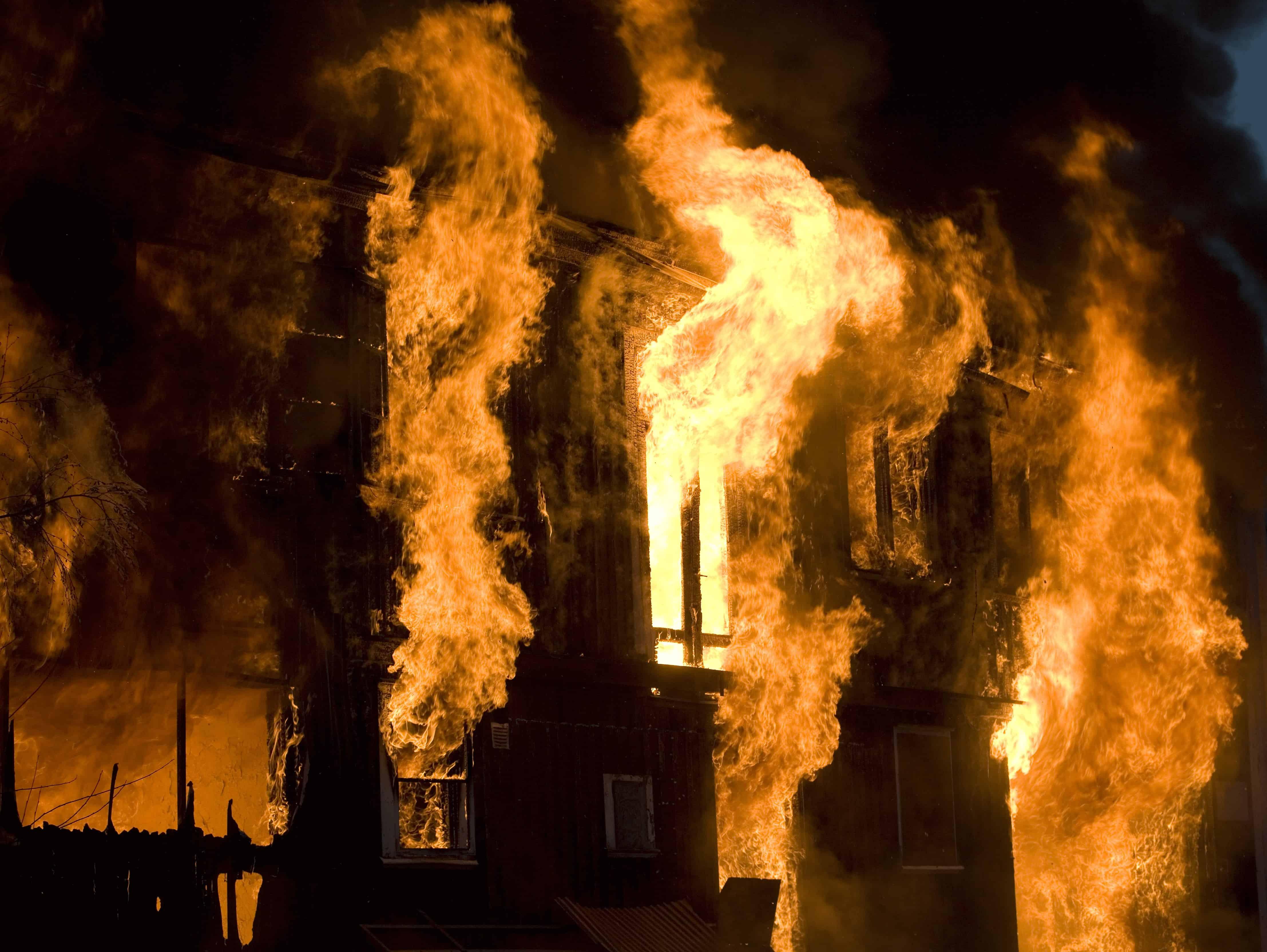 brand- en vluchtveilig gebouw