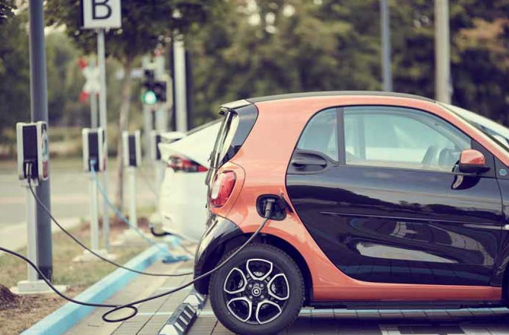 Oplaadpunten elektrische voertuigen bij woongebouw
